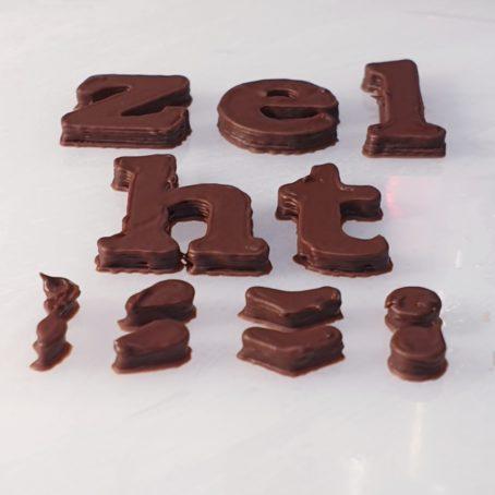 Čokoládová písmena, diakritika